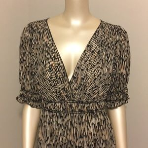 MAX EDITION wrap style top dress. Size Large